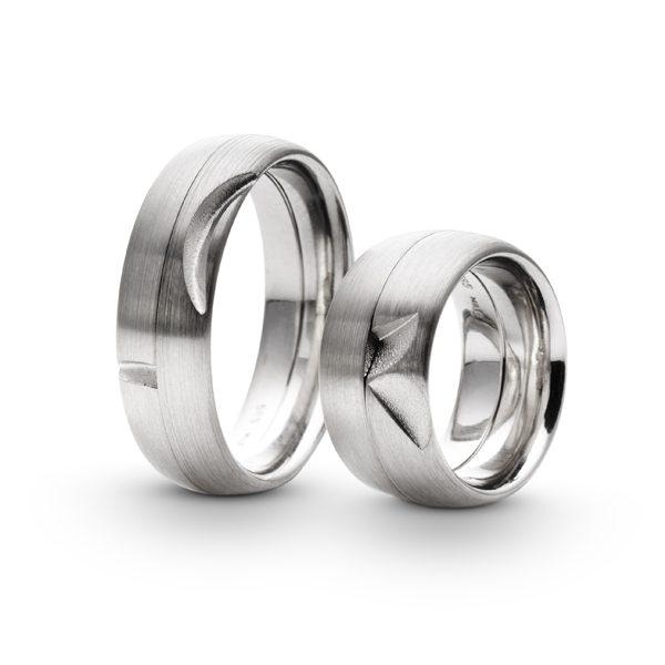 Et par forlovelses- og vielsesringe, fra Ragnar R. Jørgensens Symbiose koncept.