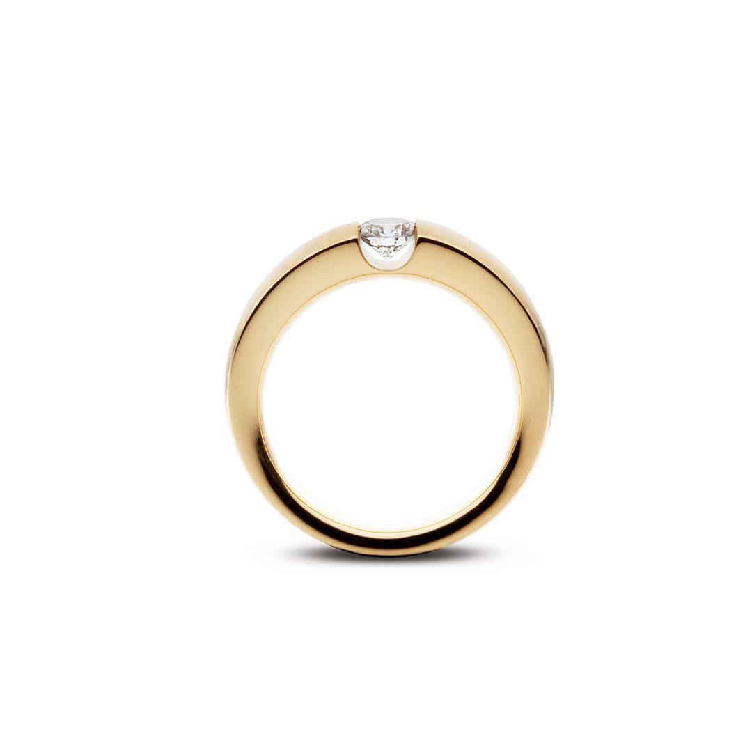 Embrassé forlovelsesring i gult guld, med brillant 0,35 ct. TW-VVS